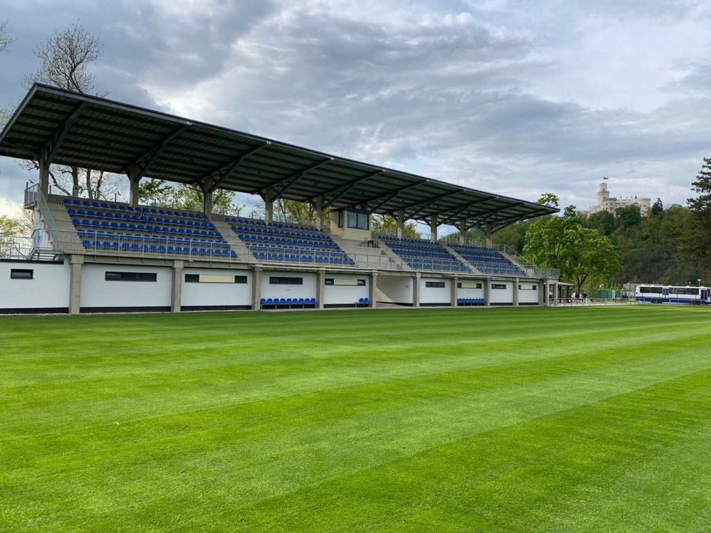 Fotbalová Tribuna v Hluboké nad Vltavou
